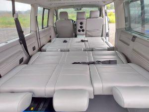 超大車床加長型長軸9人座商務車.車床長265公分寬152公分