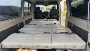 超大車床加長型長軸12人座保母車.車床長352公分寬172公分