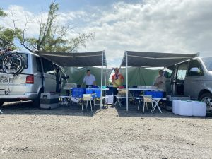 二台露營車圖示